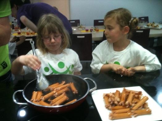 Kochduell für schwer kranke Kinder gespendet